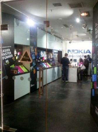 nokia-lumia-india-335x450.jpg