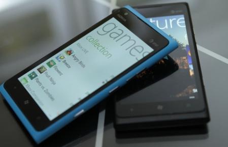 lumia900.jpg