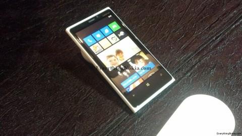 lumia9203.jpg